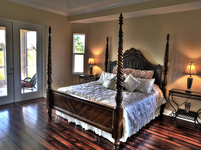 Egret master bedroom